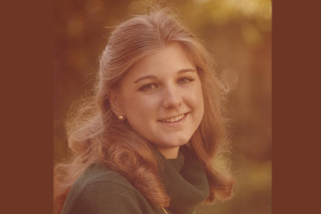 Elizabeth K Saunders